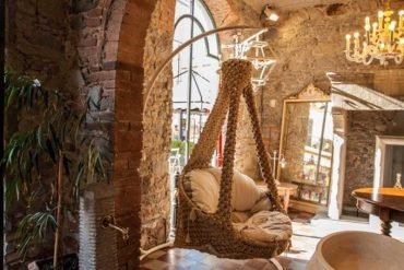 poltrona pensile in vimini - hanging wicker armchair - Garden House Lazzerini, tuscany
