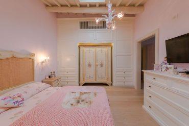 a princess suite, bespoke furniture - una suite da principessa, arredo su misura, garden house lazzerini