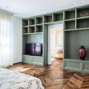 Camere progettate e realizzate in ogni dettaglio con materiali di qualità