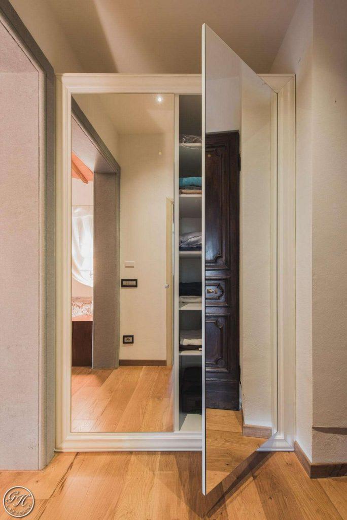 Secret doors le porte a specchio garden house lazzerini - Porte con specchio ...