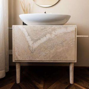 Meuble vasque en pierre naturelle, style italien GH Lazzerini